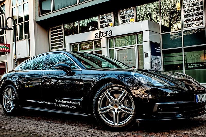 Porsche Panamera 4S Aussenansicht